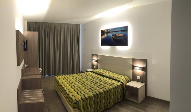 hotel montreal bibione unterk nfte in bibione preise. Black Bedroom Furniture Sets. Home Design Ideas