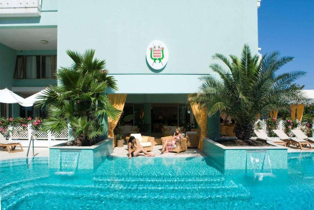 Hotel Montecarlo Bibione Italia Hotel And Residence Bibione