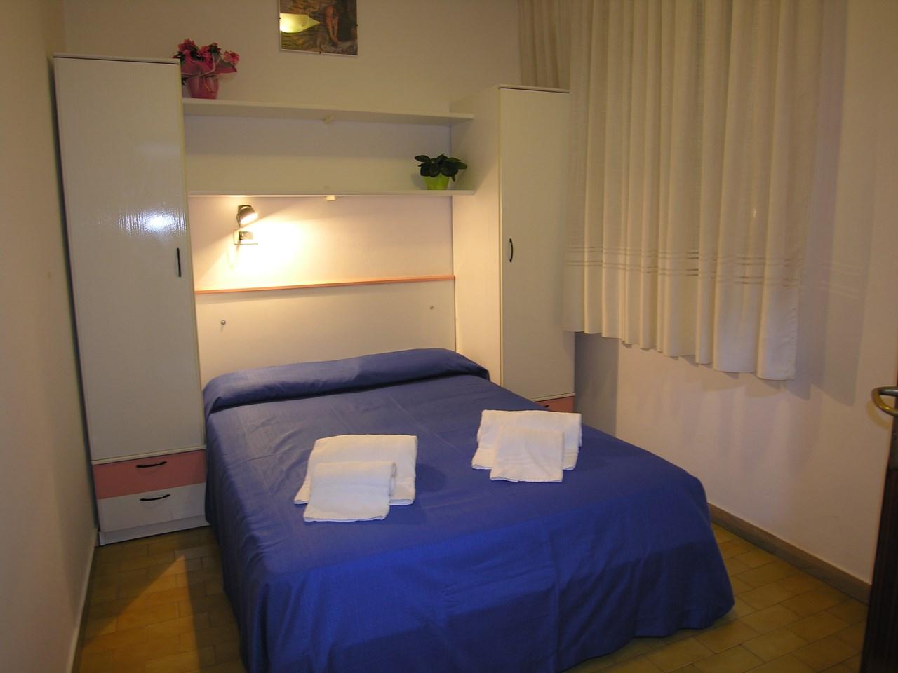 doppelzimmer ohne balkon hotel tahiti garni b b. Black Bedroom Furniture Sets. Home Design Ideas