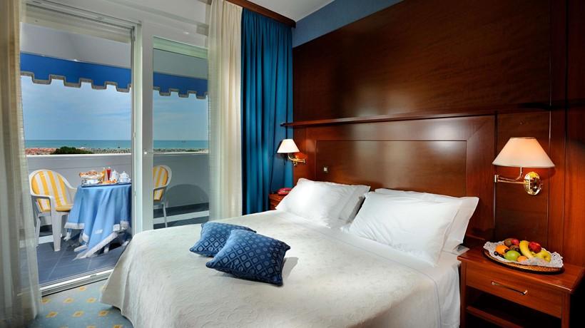 Camera Matrimoniale Per Uso Singolo.Hotel Corallo Camera Doppia Uso Singola Bibione Italia Hotel