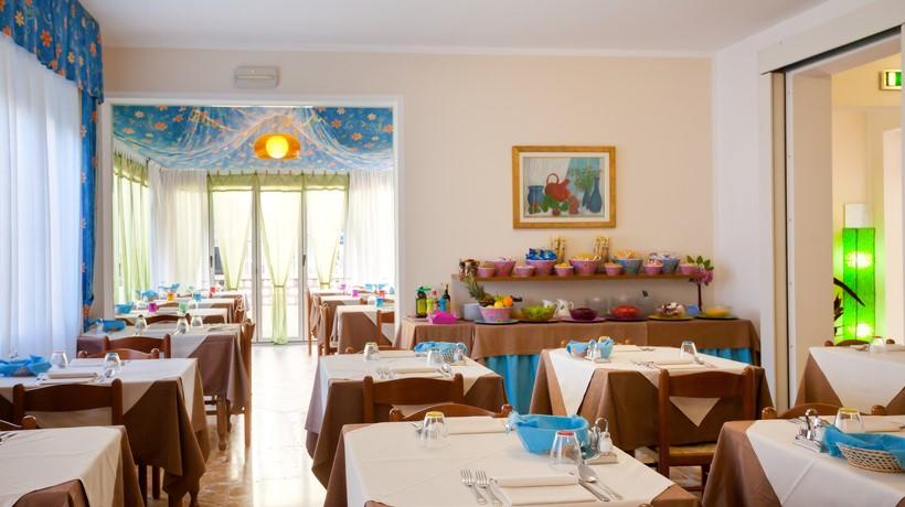 Hotel Sole Mio (Caorle, Italia) - Hotel - B&B - Caorle