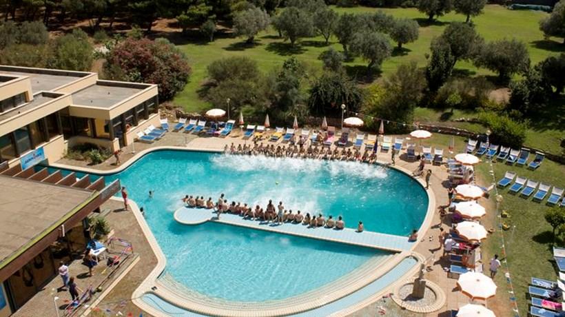 Hotel club lipari sciaccamare sciacca italia hotel dedalo tour - Hotel con piscina catania ...
