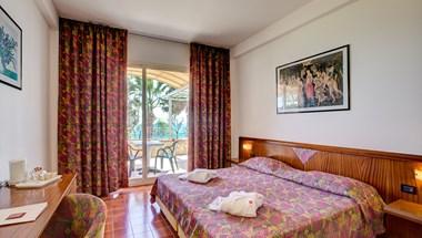 Complesso Antares - Hotel Olimpo - Hotel le Terrazze (Letojanni ...
